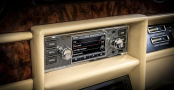 Jaguar Land Rover INFOTAINMENT for your classic car – at a price