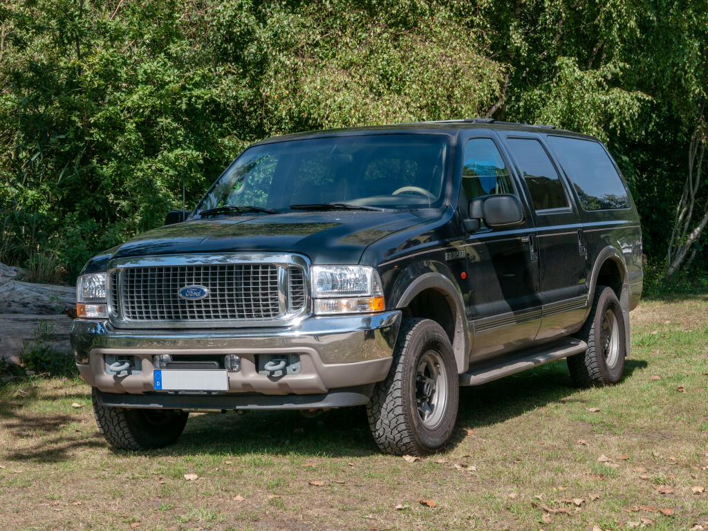 Ford Excursion Spy Shots