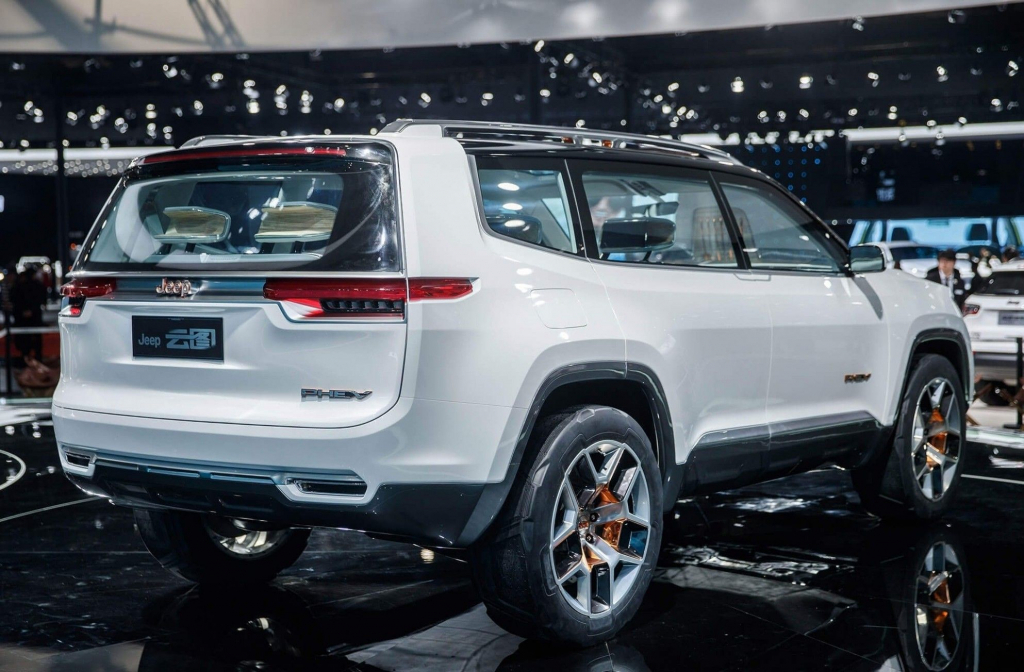 2022 Jeep Grand Cherokee SRT Exterior
