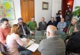 Reunión de la alcaldesa con representantes de la Plataforma Prosoterramiento