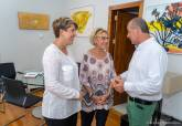 Reunión de Noelia Arroyo y Mercedes García con el presidente de la Plataforma del Tercer Sector, Luciano Poyato