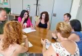 Reunión de la concejala de Educación con colectivos sobre proyecto nuevo colegio de La Aljorra