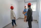 Visita a 22 viviendas protegidas en la Barriada Hispanoamérica