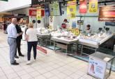 Visita de Manuel Padín a Carrefour para supervisar las medidas de seguridad e higiene