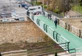 Reforma de la pasarela peatonal junto al estadio Cartagonova.