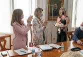 Reunión del equipo de gobierno municipal presidida por la alcaldesa Noelia Arroyo, que hoy cumplía 42 años