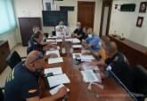 Reunión de Torralba y Ortega con los servicios municipales participantes en el operativo de la Vuelta