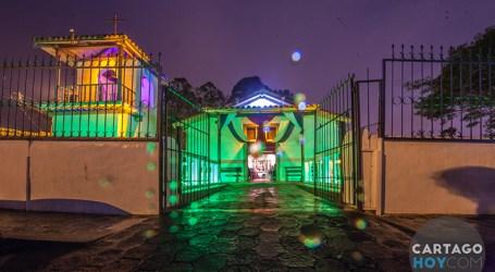 Fotos Nocturnas de Cartago: El Museo Municipal y la Iglesia de Quircot