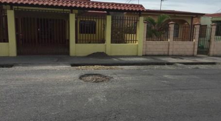 Municipio y Diputados de Cartago responsabilizan al MOPT por estado y atraso de rutas