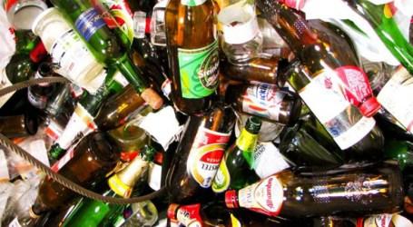 Cambie botellas de vidrio por vasos en Cartago