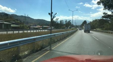 Tugurios retrasan instalación de barreras en la Florencio del Castillo