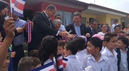 Presidente inaugura proyecto de vivienda en Paraíso
