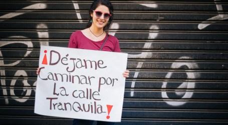 Aplicación busca poner un alto al acoso callejero contra las mujeres