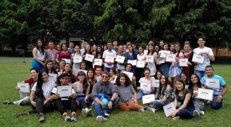 Jóvenes de Cartago desarrollan habilidades en comunicación digital