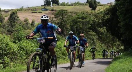 1300 ciclistas participaron de Ecocarrera Recreativa Río Loro en el Día Mundial de la Bicicleta