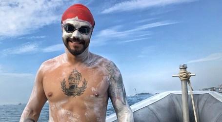 Nadador cartaginés en el Río Hudson: «¡Arajo Poseidón! ¿Eso es todo?»
