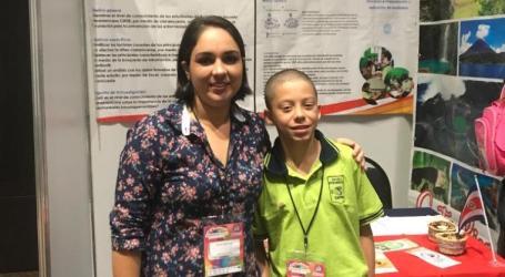 Turrialbeño gana en la Expo Ciencia realizada en México