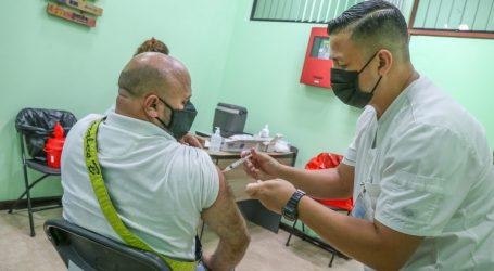 Hospital Max Peralta lleva VACUNATÓN a las empresas cartaginesas