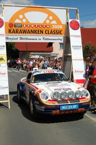 Fahrtleiter Figura im Dakar-Porsche bei der Karawanken Classic 2008
