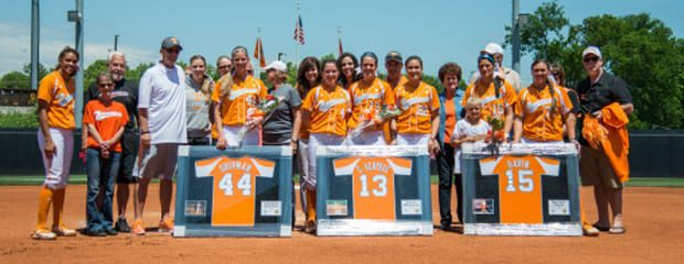 Lady Vols softball wins on senior day
