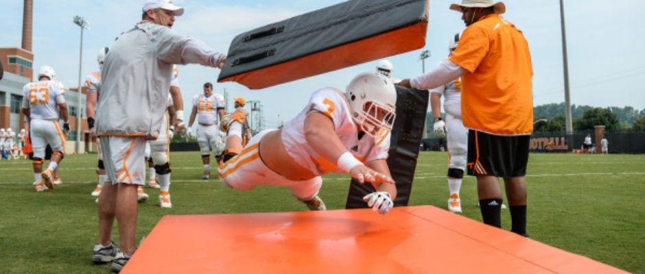 Vol Report Day 6: Tennessee seeking new specialists