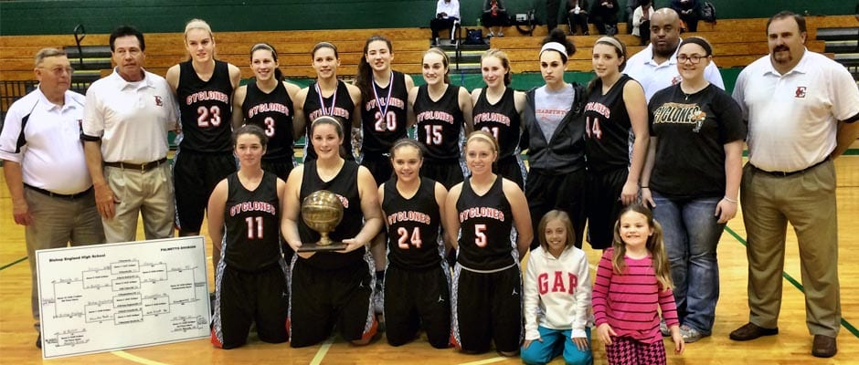 Elizabethton sinks Hoover to win holiday tournament