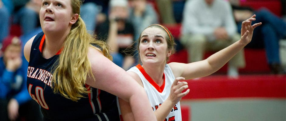Lady Cyclones keep on rolling, 'Betsy boys hit bump vs. CAK