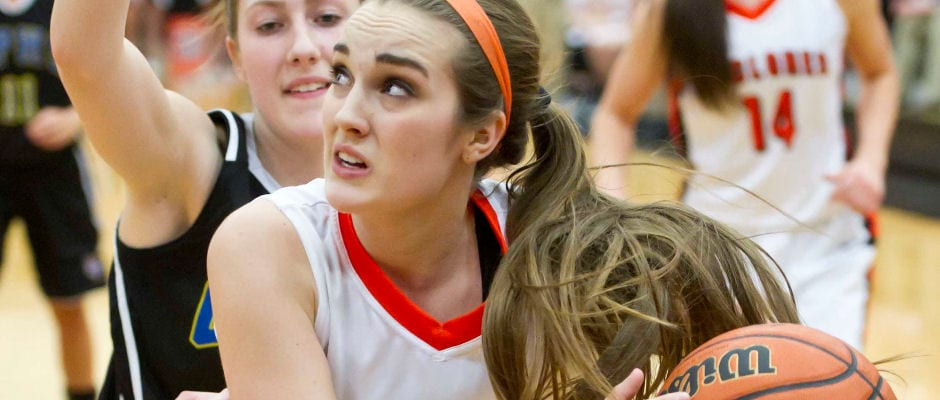 Lady Cyclones open holiday tournament with win