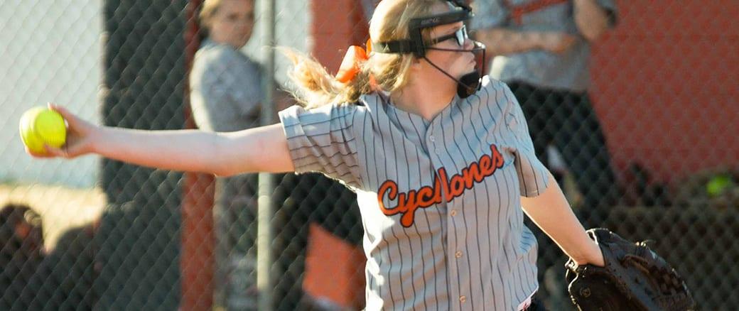 Elizabethton softball edges past South