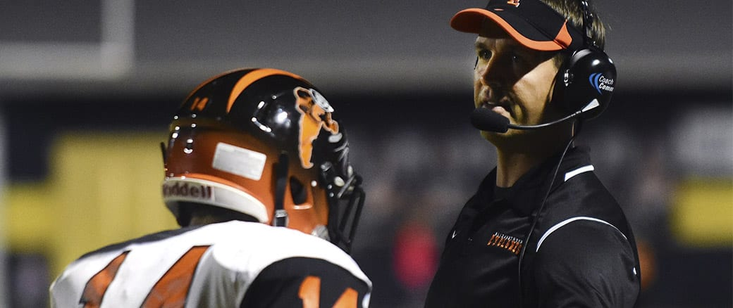 Three teams remain ranked in state poll