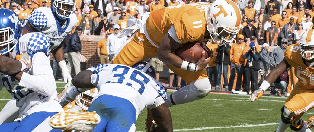 Photo Gallery: Dobbs, Vols run past Kentucky