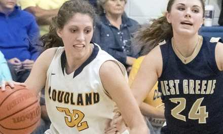 Lady 'Landers open season with win