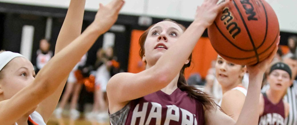 Lady Warriors upend Elizabethton; Robinson leads EHS boys to win