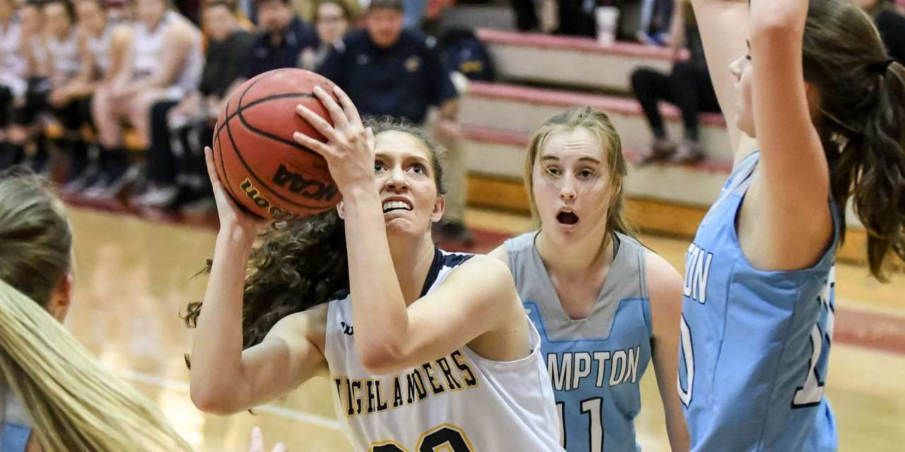 Lady 'Landers edge Hampton in District 1-A consolation game