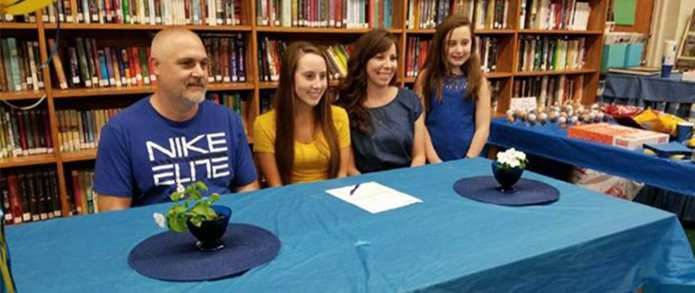 Hampton's McGee signs with Mars Hill