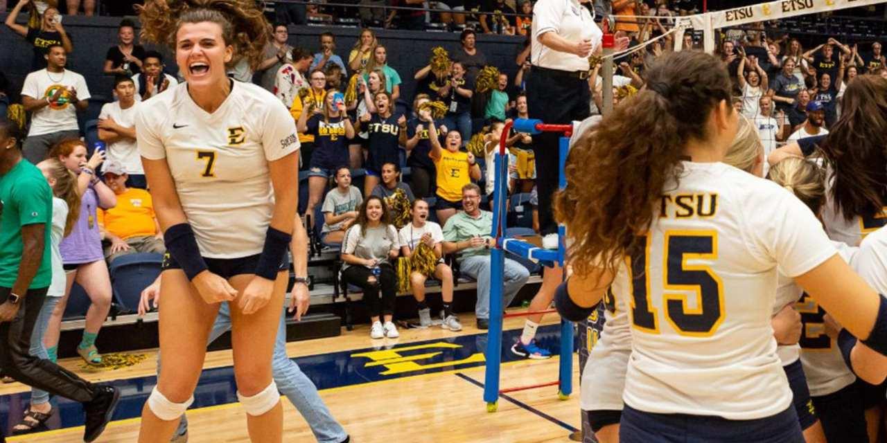 ETSU volleyball upends Tennessee in thriller