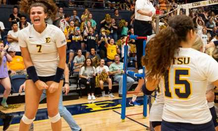 ETSU volleyball upends Tennessee in thriller