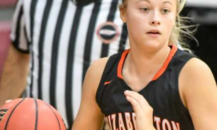 Cyclones pull away from Johnson County; Lady Cyclones fall