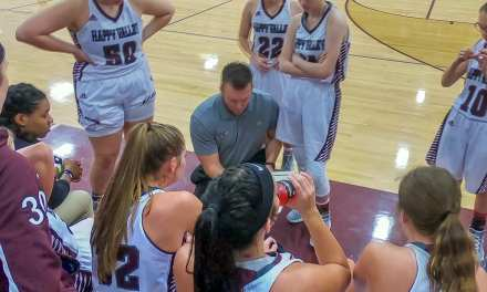 Lady Warriors pull away for ninth straight win; HV boys fall