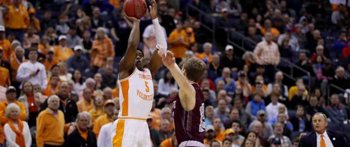 Vols Fend Off Colgate's Rally, Advance to Second Round