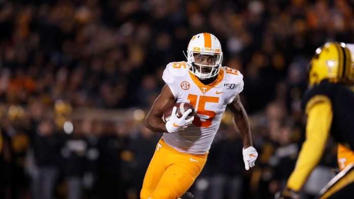 Dominant Passing Attack Leads Vols to Road Win at Missouri