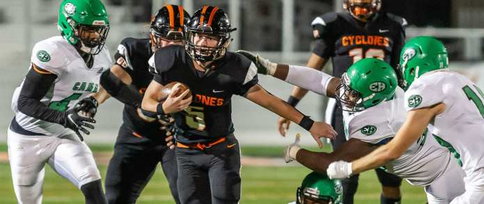 Elizabethton cruises to advance past East Hamilton