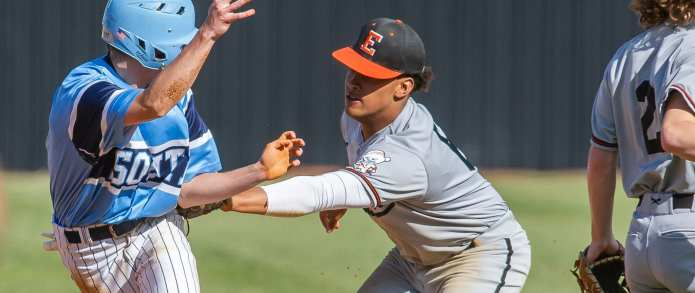 Cyclones Fall In District 1-AA Tournament