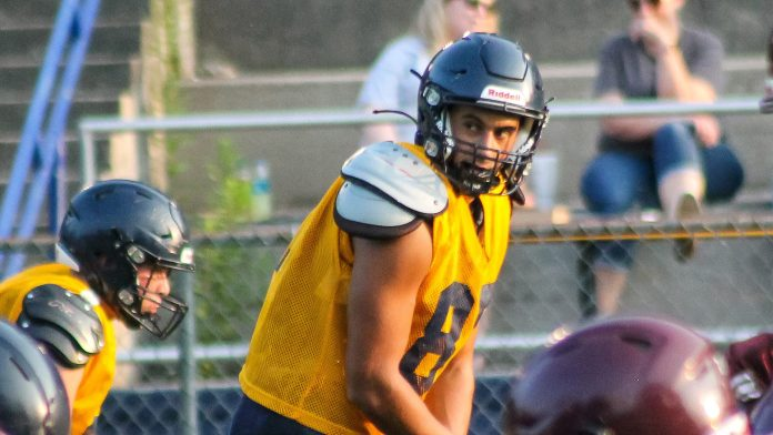 Photo Gallery: 'Landers Host Scrimmage With Johnson County
