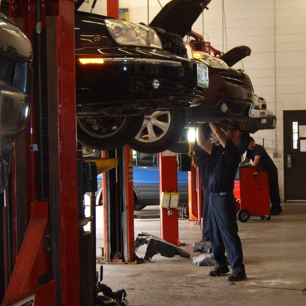 Inside Carter's Auto Service, Gorham Maine