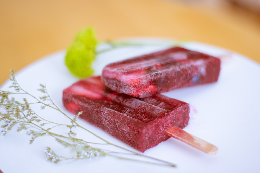 Delicious Berry Sangria Popsicles