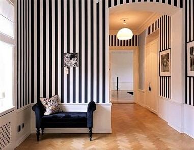 In ambienti con soffitti bassi sono consigliate le righe verticali mentre con i soffitti alti danno migliori prestazioni le righe orizzontali. Beneficenza Paralizzare Ossido Carta Parati Fasce Fiduciosamente Trascurare Griglia