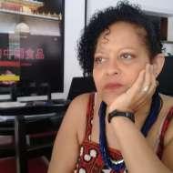 Ana Lucia Santos