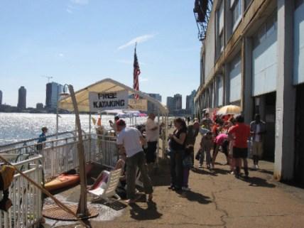 db-free-kayaks-downtown-boathouse-nyc