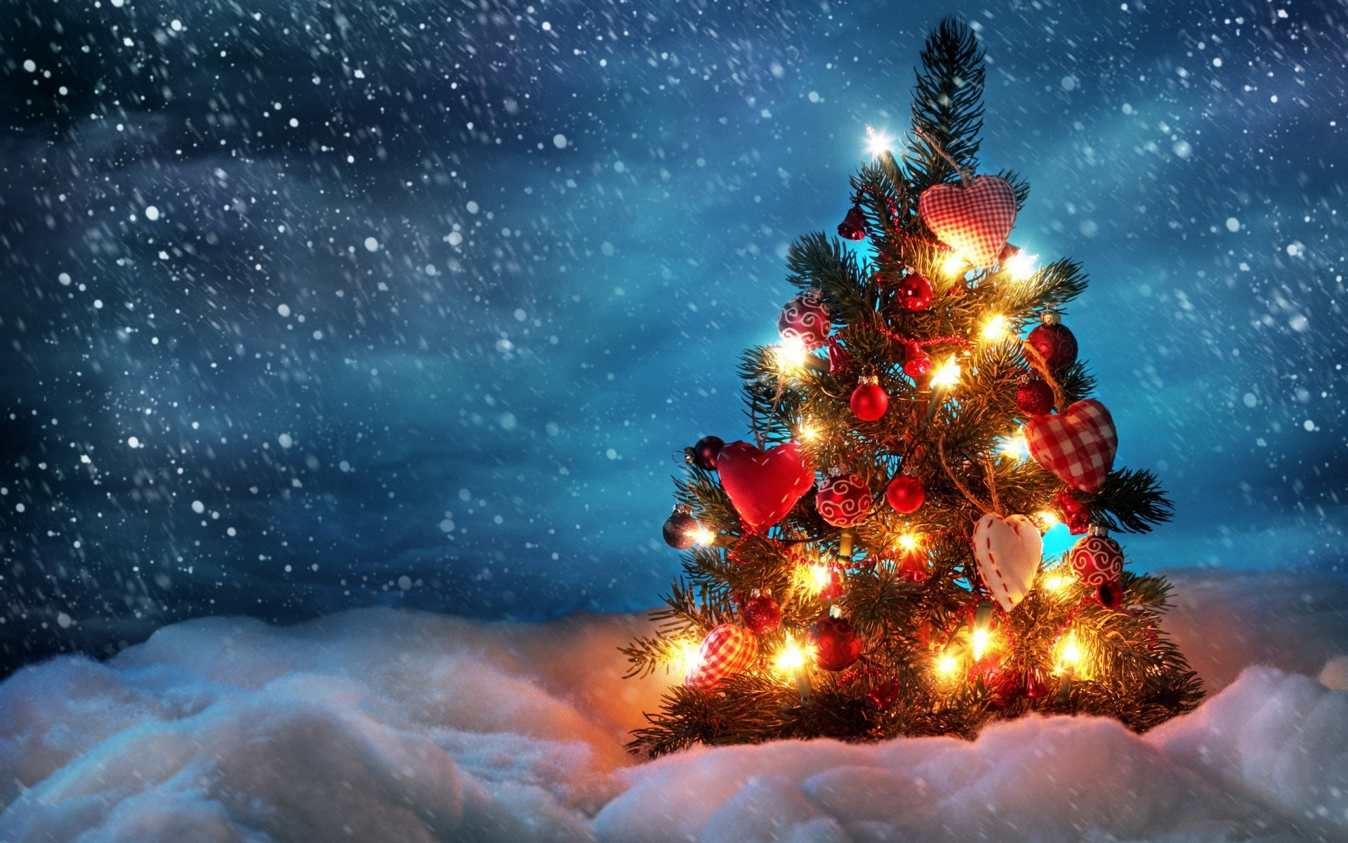 download 40 beautiful christmas tree wallpaper free